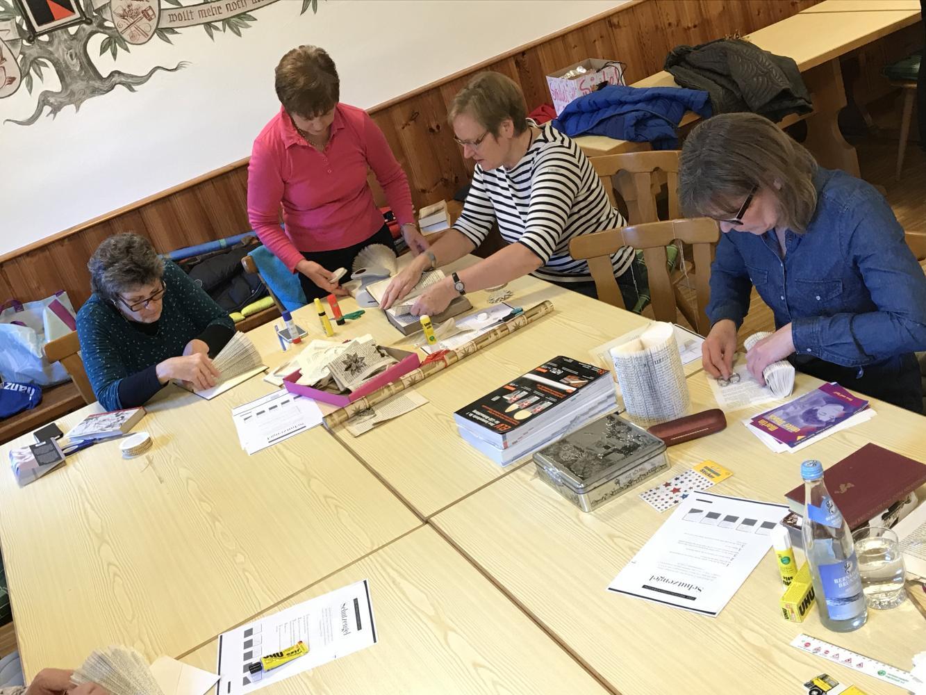 Frauenbund Kösching Basteln